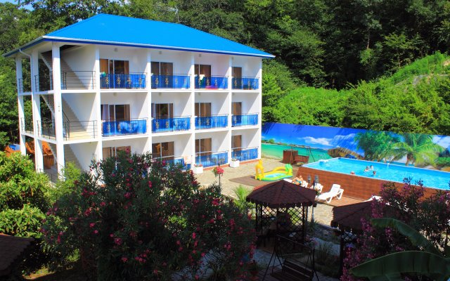 Гостиница Бегущая по Волнам в Сочи 3 отзыва об отеле, цены и фото номеров - забронировать гостиницу Бегущая по Волнам онлайн вид на фасад