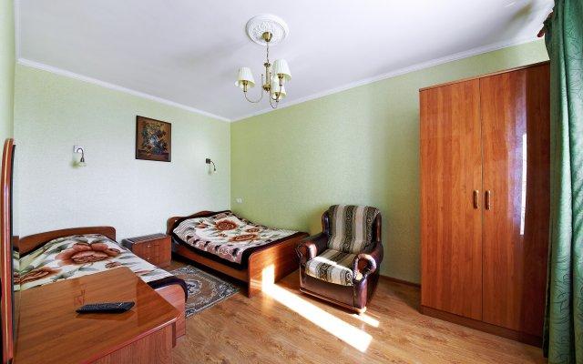 On Krasnozelyonyih Apartments 1