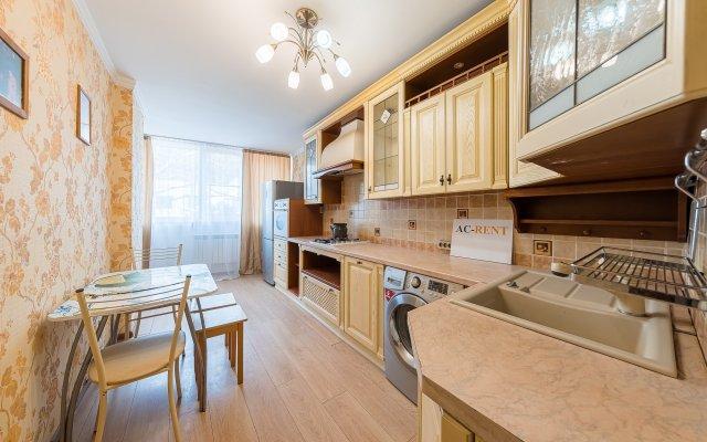 Апартаменты Островского 67