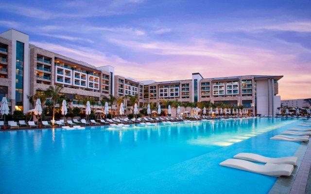 Отель Regnum Carya Golf & Spa Resort бассейн