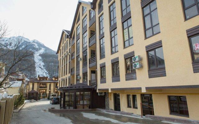 Гостиница Wood в Красной Поляне отзывы, цены и фото номеров - забронировать гостиницу Wood онлайн Красная Поляна вид на фасад