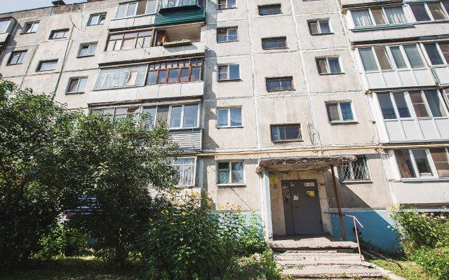 Гостиница на Перова 12 в Кургане отзывы, цены и фото номеров - забронировать гостиницу на Перова 12 онлайн Курган вид на фасад