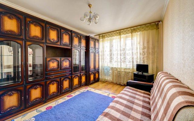 Апартаменты Domumetro на Россошанской 3/2 комната для гостей