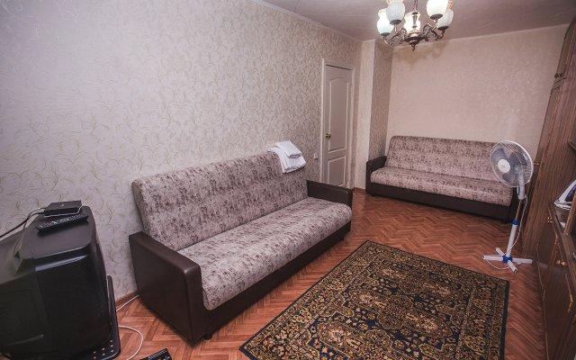 Гостиница на Перова 4 в Кургане отзывы, цены и фото номеров - забронировать гостиницу на Перова 4 онлайн Курган комната для гостей