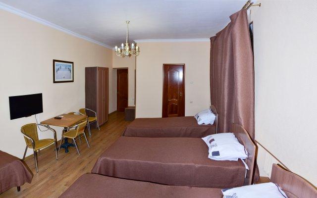 Svetlandiya Guest House 1