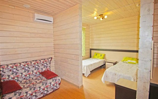 Zhuravli Guest House 2