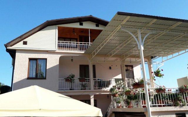 Гостевой Дом Солнечная Гагра 0