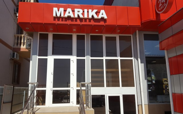 Marika 0
