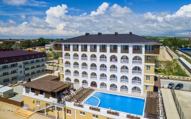 La Melia Hotel 1
