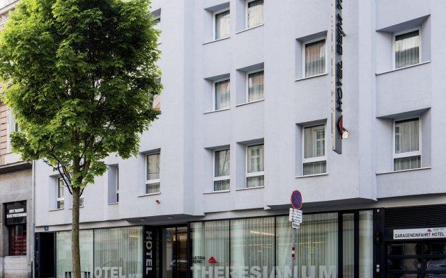 Austria Trend Hotel beim Theresianum вид на фасад