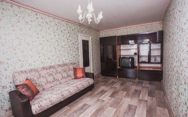 Гостиница на Заозерной (3 микрорайон) в Кургане отзывы, цены и фото номеров - забронировать гостиницу на Заозерной (3 микрорайон) онлайн Курган комната для гостей