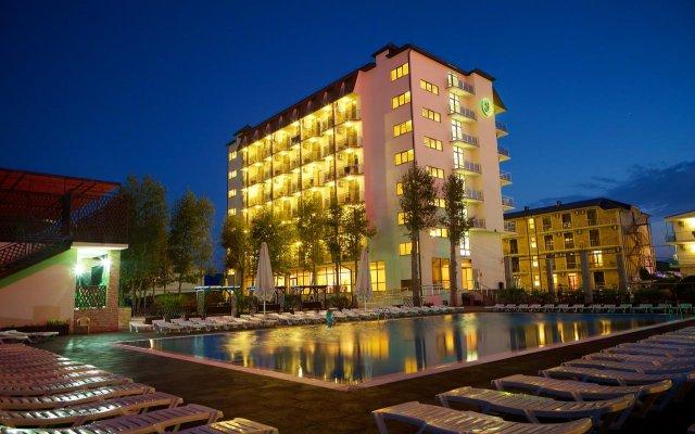 Emerald Hotel 2
