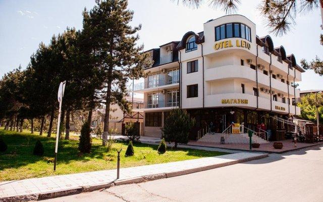 Гостиница Otel Leto & Второе Leto Guest House в Анапе отзывы, цены и фото номеров - забронировать гостиницу Otel Leto & Второе Leto Guest House онлайн Анапа вид на фасад