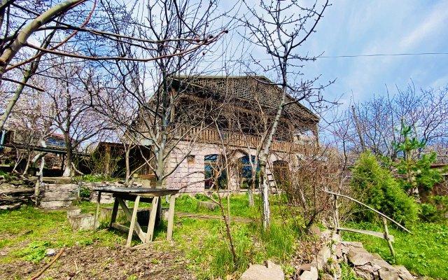 Гостевой Дом Tonatsuyts 2