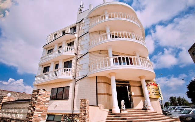 Гостиница Via Sacra в Краснодаре - забронировать гостиницу Via Sacra, цены и фото номеров Краснодар