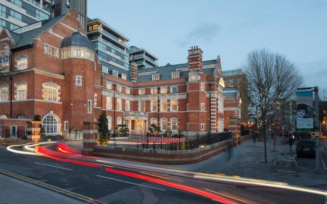 Отель The LaLit London