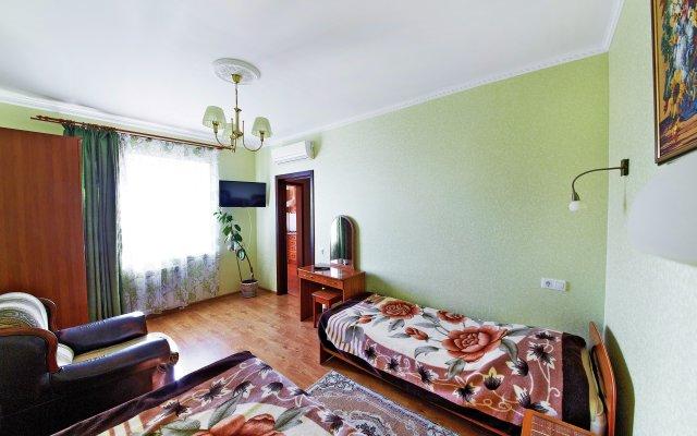 On Krasnozelyonyih Apartments 0