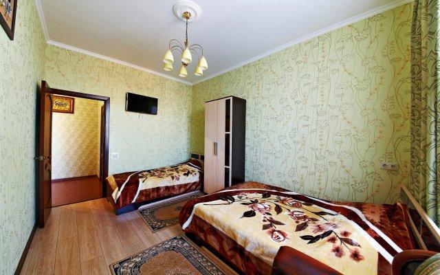 On Kati Solov'yanovoj Apartments 1