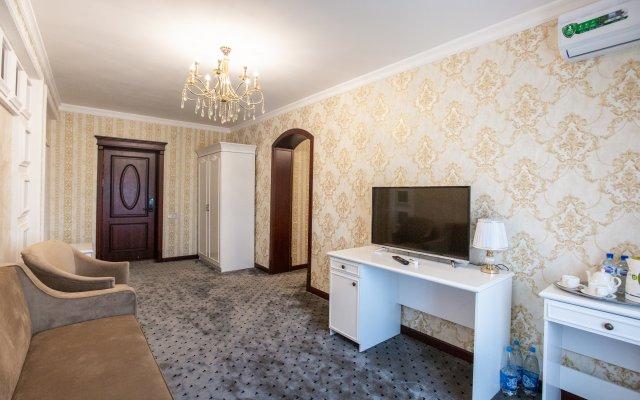 Отель Orzu Tur Grand