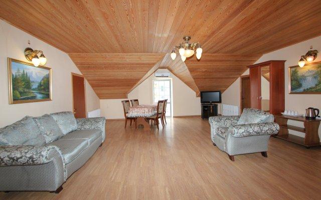 M-Yug Guest House 2