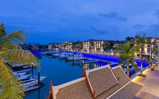 Waterfront in Royal Marina Apartments