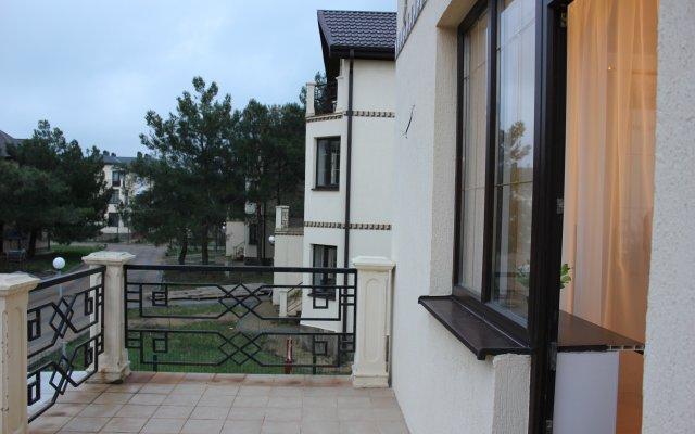 Villa De La Marina Guest House 1