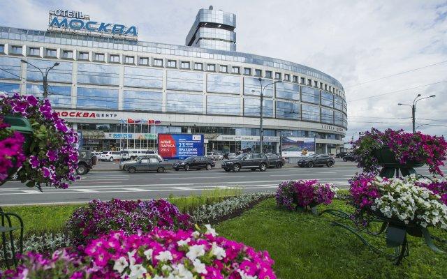 Гостиница Москва городской автобус