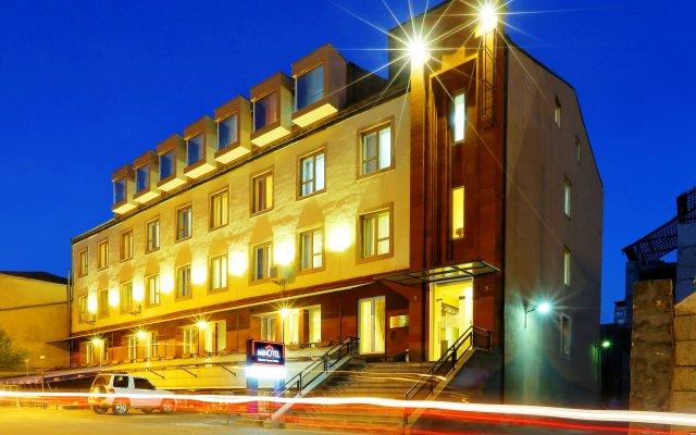 Отель Minotel Barsam Suites