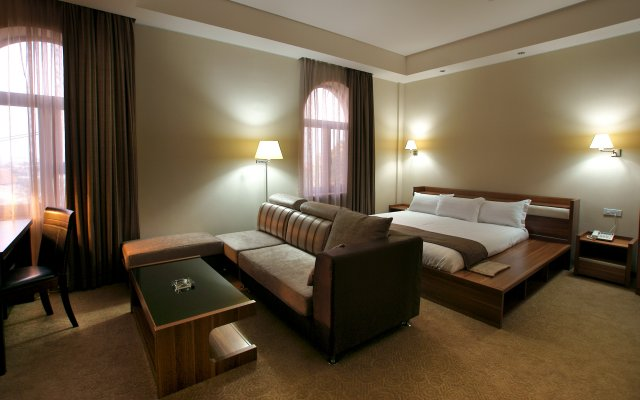 Bass Boutique Hotel 1