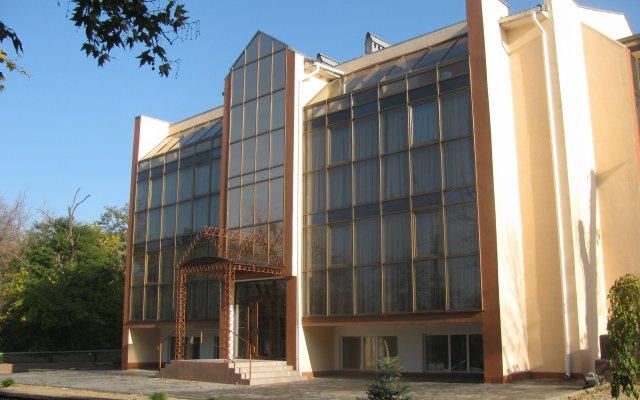 Гостиница Helen Николаев вид на фасад