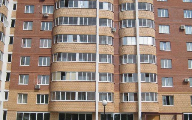 Гостиница КвартХаус на Революционной в Тольятти 5 отзывов об отеле, цены и фото номеров - забронировать гостиницу КвартХаус на Революционной онлайн вид на фасад