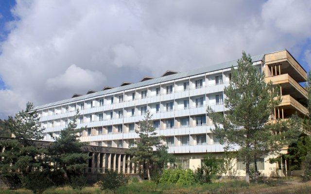 Джермук Санаторий Арарат вид на фасад