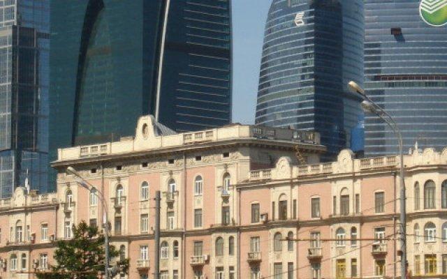 Гостевой Дом Кутузов на Кутузовском проспекте вид на фасад