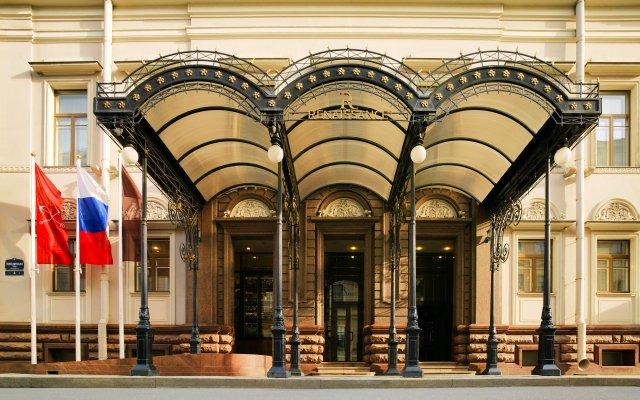 Гостиница Ренессанс Санкт-Петербург Балтик вид на фасад