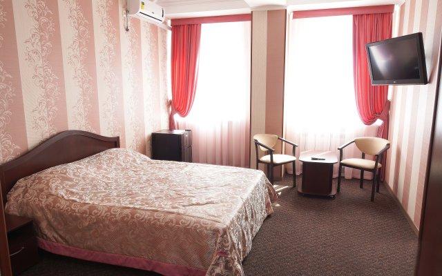 Гостиница Мини-отель OSKAR в Симферополе - забронировать гостиницу Мини-отель OSKAR, цены и фото номеров Симферополь комната для гостей