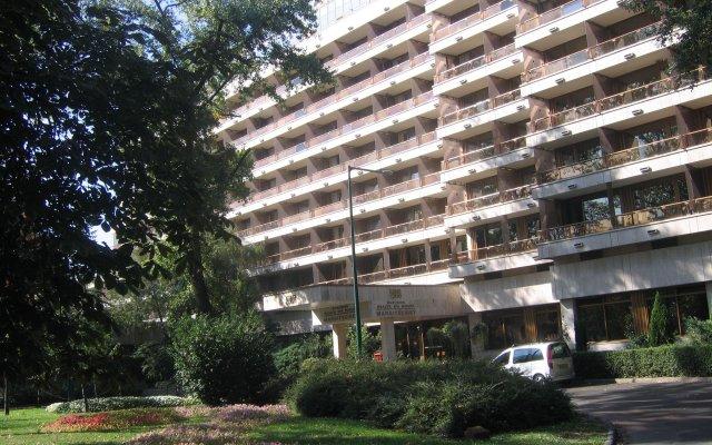 Отель Danubius Health Spa Resort Margitsziget вид на фасад