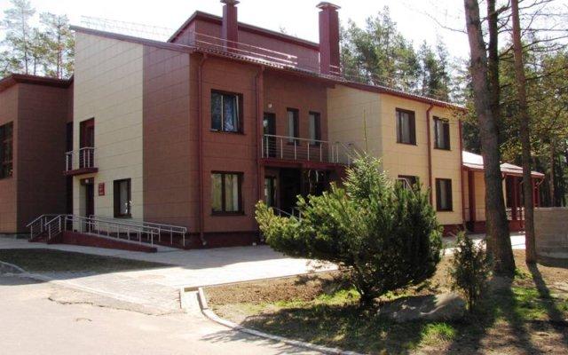 Гостиничный комплекс Стайки вид на фасад