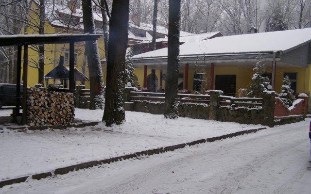 Гостиница Лисова Перлина вид на фасад