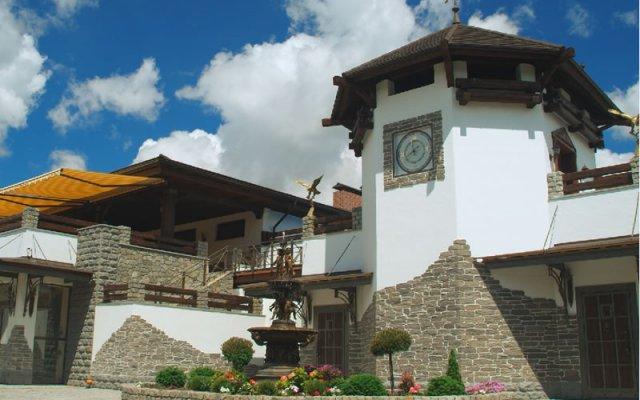 Гостиница Edburg MiniHotel Украина, Писчанка - 4 отзыва об отеле, цены и фото номеров - забронировать гостиницу Edburg MiniHotel онлайн вид на фасад