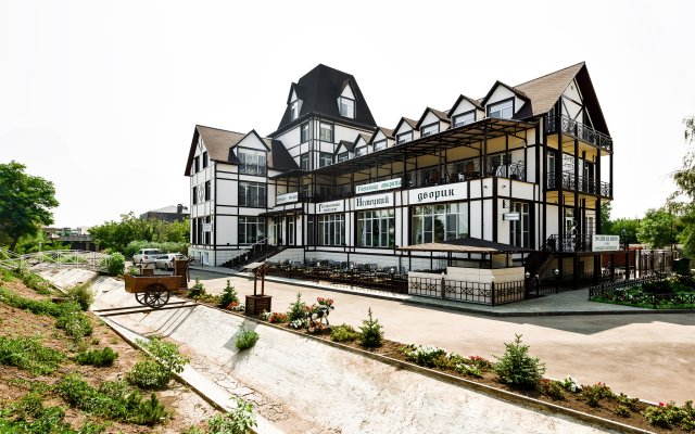 Гостиничный комплекс Немецкий Дворик Энгельс вид на фасад