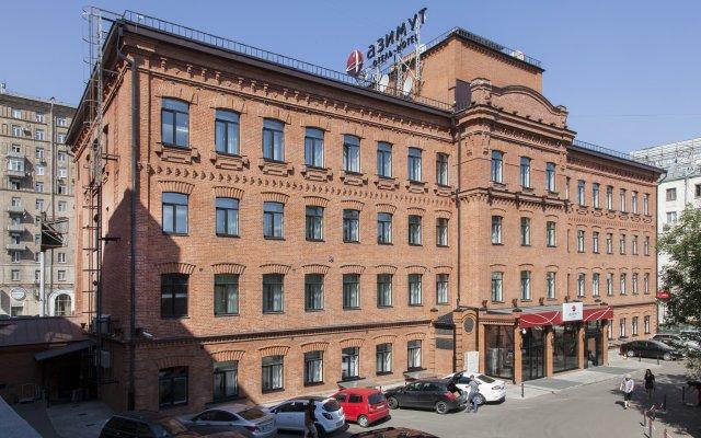 Гостиница AZIMUT Moscow Tulskaya (АЗИМУТ Москва Тульская) вид на фасад