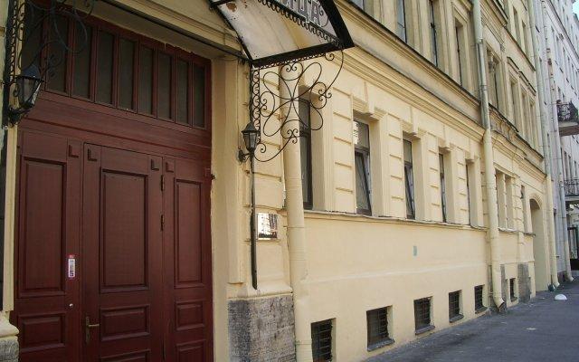 Гостиница На Саперном вид на фасад