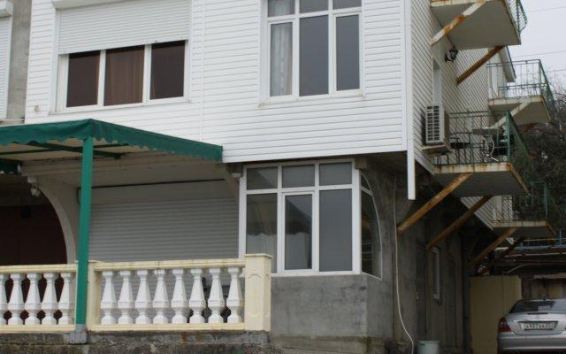 Гостиница Гостевой Дом TWIX в Сочи 2 отзыва об отеле, цены и фото номеров - забронировать гостиницу Гостевой Дом TWIX онлайн вид на фасад