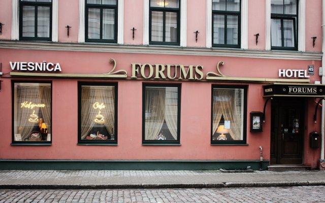 Отель Forums вид на фасад