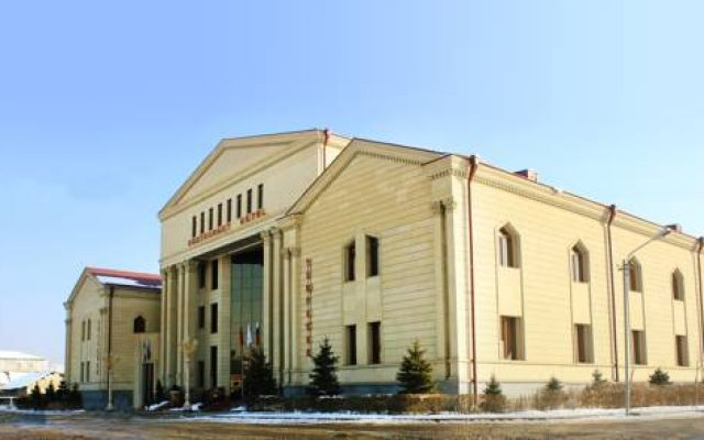 Armenian Royal Palace 0