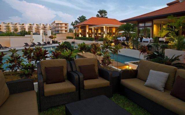 Отель Dewa Phuket Nai Yang Beach бассейн