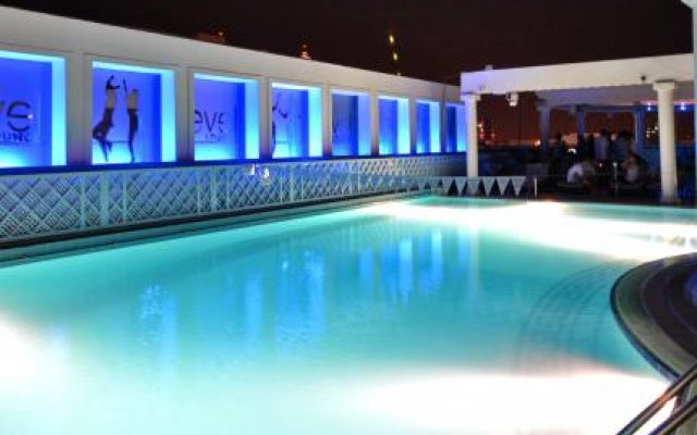 Crowne Plaza Abu Dhabi 0