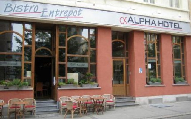 Alpha Hotel 0