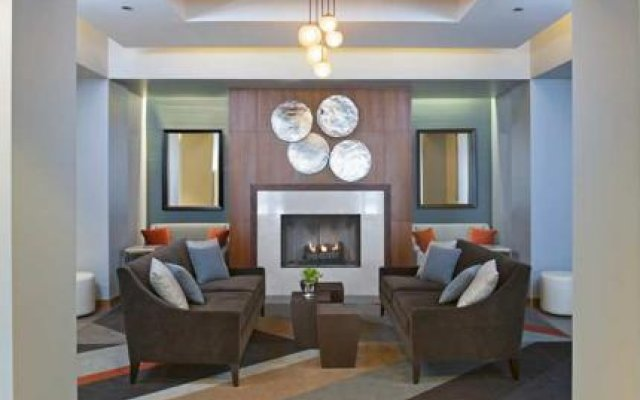 DoubleTree by Hilton Chicago - North Shore Conference Center 0