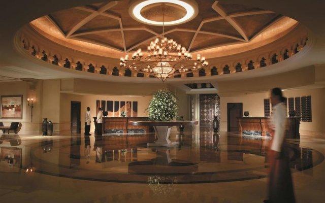 Shangri-la Hotel Qaryat Al Beri, Abu Dhabi 2
